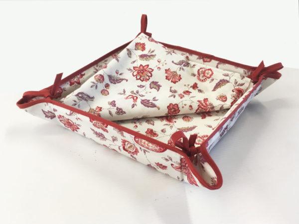 Indienne corbeille écru - Venez découvrir notre collection INDIENNE. Elle se compose de corbeille ainsi que de serviettes et sets de table. De plus, elle est en promotion.