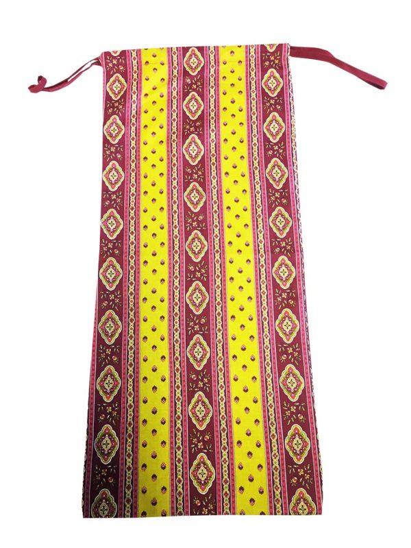 Esterel Promotions -Découvrez notre collection Esterel en promotion. Elles se composent de nappes ainsi que de sets de table également de corbeilles, housses de coussin, sacs baguettes et sets apéro.5