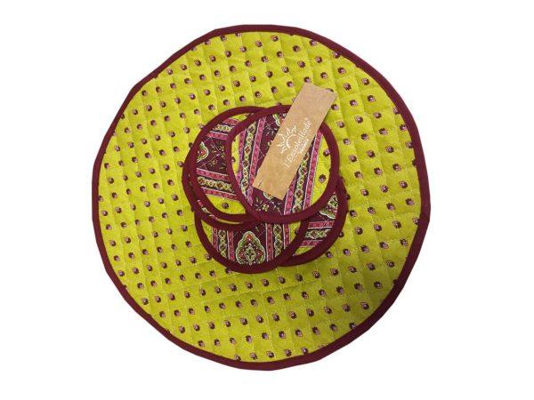 Esterel Promotions - Découvrez notre collection Esterel en promotion. Elles se composent de nappes ainsi que de sets de table également de corbeilles, housses de coussin, sacs baguettes et sets apéro.6