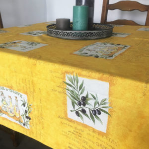 les baux jaune collection nappes