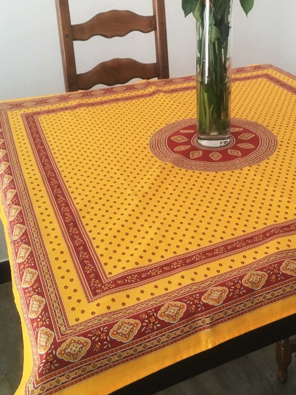 Nappe 100 x 100 cm - provence - made in france - Collection exclusive - Esterel safran jaune