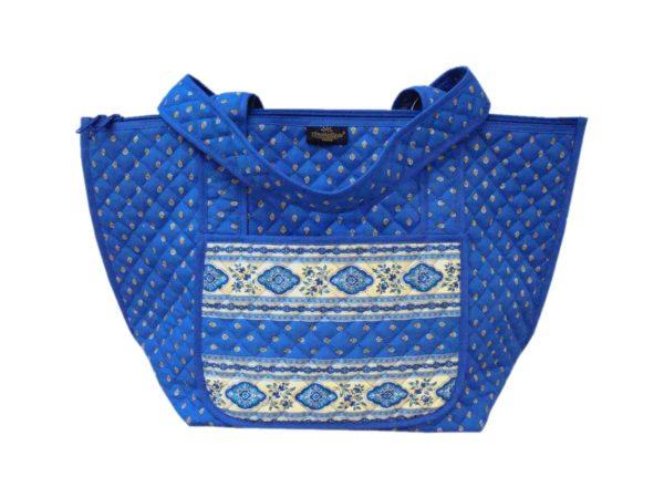Bagagerie : Vanity et sacs Découvrez notre collection de bagagerie 100% provençale. Vous trouverez vanity, sacs polochon et sacs cabasa associer avec le reste de notre collection.sac LAVANDE