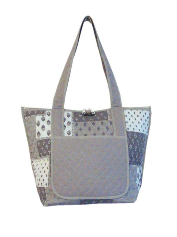 Bagagerie : Vanity et sacs Découvrez notre collection de bagagerie 100% provençale. Vous trouverez vanity, sacs polochon et sacs cabasa associer avec le reste de notre collection. sac mastic