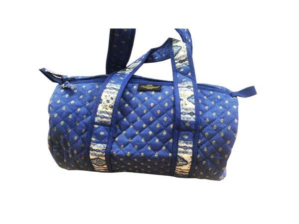 Bagagerie : Vanity et sacs Découvrez notre collection de bagagerie 100% provençale. Vous trouverez vanity, sacs polochon et sacs cabasa associer avec le reste de notre collection. Lavandesac polochon
