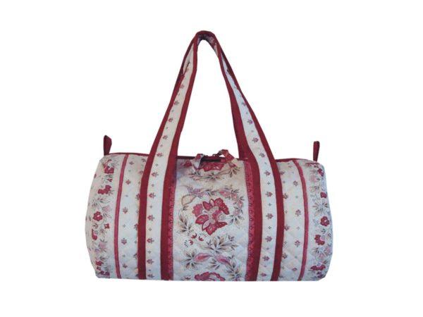 Bagagerie : Vanity et sacs Découvrez notre collection de bagagerie 100% provençale. Vous trouverez vanity, sacs polochon et sacs cabasa associer avec le reste de notre collection. vence grenadine sac polochon