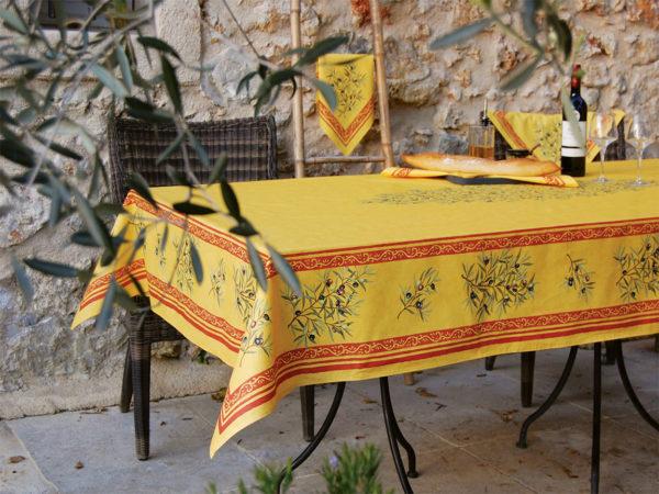 Nappes - provence - made in france -clos des oliviers - olive - safran - jaune